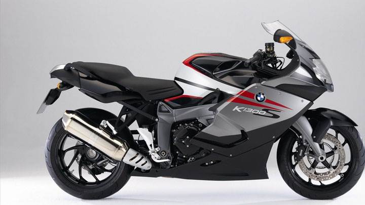 BMW K1300 S Side Pose